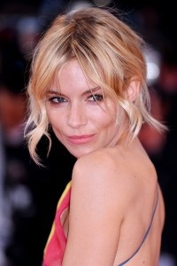 Sienna-Miller3_glamour_18may15_getty_b_426x639