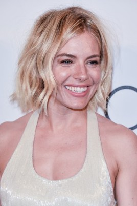 Sienna-Miller_glamour_19may15_getty_b_426x639
