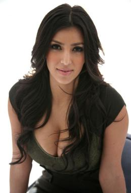 kim_kardashian_subtle_wavy_layered_hairstyle_human_hair_lace_front_wig_about_24_inches