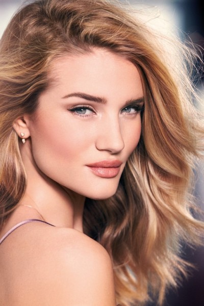 beautiful-blonde-fashion-model-rosie-huntington-whiteley-modeling-for-the-rosie-for-autograph-makeup-advertising-campaign-beautiful-rosie-for-autograph-makeup-ads-and-makeup-advertisements-682x1024